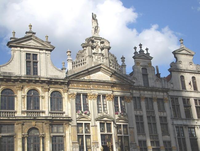 広場にある建物 4 ブルッセル