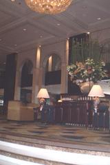 中国系のホテルCAFE入り口