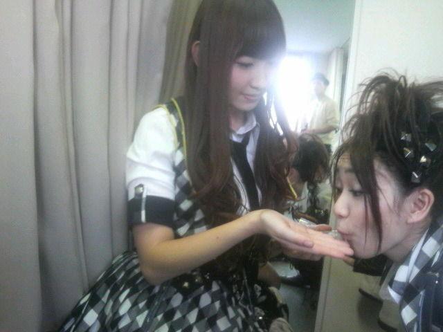 http://livedoor.blogimg.jp/affilikun1-333/imgs/c/e/ceb13eb9.jpg