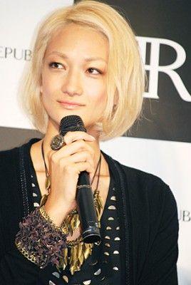 http://livedoor.blogimg.jp/affiri009-001/imgs/1/9/19de2b14.jpg
