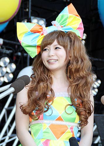 http://livedoor.blogimg.jp/affiri009-001/imgs/c/8/c85c8a25.jpg