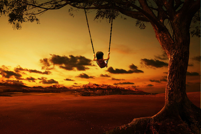 girl-on-a-swing-with-sunset-background_rdJlJQhwejg