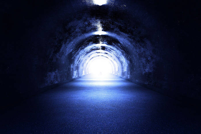 tunnel-light_zyGefFS_