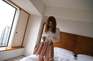 com_d_o_u_dousoku_aizawaarisa_141102a026a