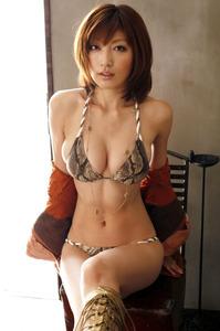 com_o_p_p_oppainorakuen_20121031_001