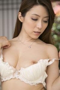 jp_midori_satsuki-team_imgs_2_4_249048dd