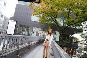 com_d_o_u_dousoku_aizawaarisa_141102a007a