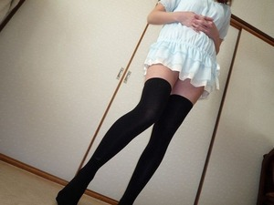 com_erogazou411_knee_socks_556_054