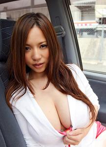 com_o_p_p_oppainorakuen_20111230_010