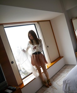 com_d_o_u_dousoku_aizawaarisa_141102a022a