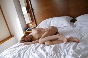 com_d_o_u_dousoku_aizawaarisa_141102a061a