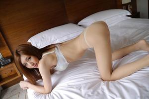 com_d_o_u_dousoku_aizawaarisa_141102a033a