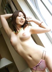 com_o_p_p_oppainorakuen_20111121_003 - コピー - コピー - コピー