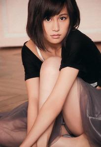 com_img_akb48_maeda-atsuko_bukiyou_013