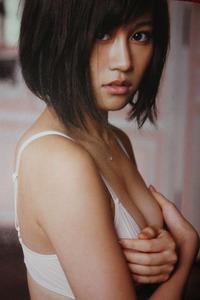 com_img_akb48_maeda-atsuko_bukiyou_043