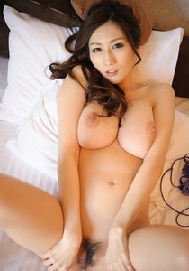 com_d_o_u_dousoku_julia140312d01034