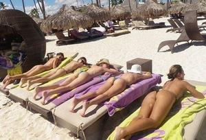 com_e_r_o_erogazou627_nude-beach-1-4-52415-0004