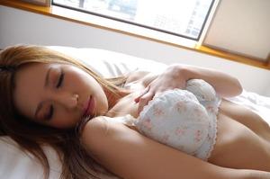 com_d_o_u_dousoku_aizawaarisa_141102a046a