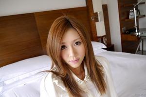 com_d_o_u_dousoku_aizawaarisa_141102a019a