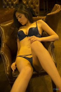 jp_frdnic128_imgs_9_b_9b1851ba