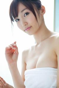 com_d_o_u_dousoku_yoshikirisa_141112a095a