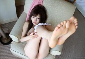 com_d_o_u_dousoku_kiritaniyuria140903a038a