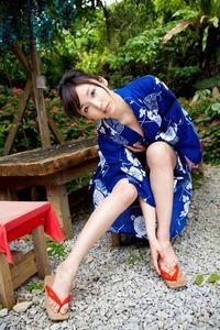 com_d_o_u_dousoku_yoshikirisa_141112a036a