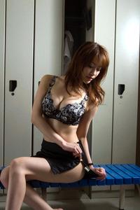 jp_midori_satsuki-team_imgs_9_4_94db7653(1)