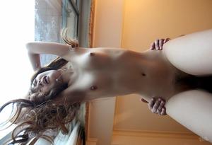 com_s_u_m_sumomochannel_tachi_back_4909-141