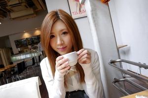 com_d_o_u_dousoku_aizawaarisa_141102a014a