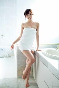 com_d_o_u_dousoku_yoshikirisa_141112a093a(1)
