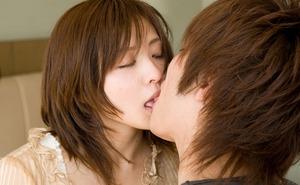 com_d_o_u_dousoku_hasegawa_ayumi_20150422a020a