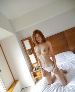 com_d_o_u_dousoku_aizawaarisa_141102a050a