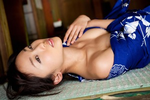 com_d_o_u_dousoku_yoshikirisa_141112a037a(1)