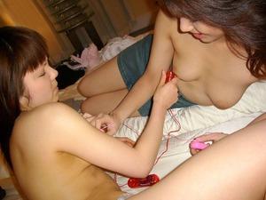 com_erogazou411_lesbian_555_053