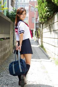 jp_midori_satsuki-team_imgs_3_f_3f80d183