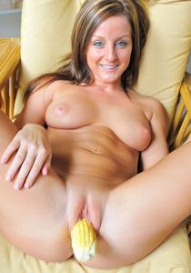 com_erogazou411_vegetable_pussy_707_012