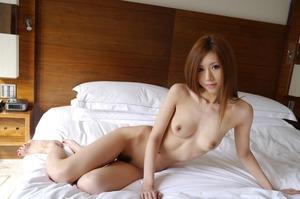com_d_o_u_dousoku_aizawaarisa_141102b029a
