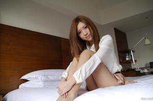com_d_o_u_dousoku_aizawaarisa_141102a025a