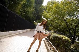 com_d_o_u_dousoku_aizawaarisa_141102a015a