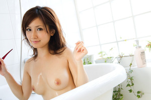 jp_midori_satsuki-team_imgs_3_a_3ada7384