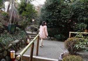 com_d_o_u_dousoku_okamotonana_150401a009a
