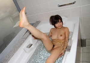 com_d_o_u_dousoku_kiritaniyuria140903a048a