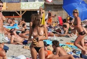 com_e_r_o_erogazou627_nude-beach-1-4-52415-0017