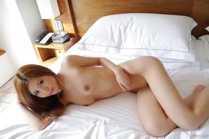 com_d_o_u_dousoku_aizawaarisa_141102a060a