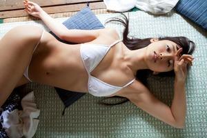 com_d_o_u_dousoku_yoshikirisa_141112a032a(1)