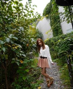 com_d_o_u_dousoku_aizawaarisa_141102a012a