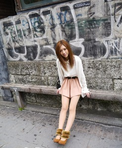 com_d_o_u_dousoku_aizawaarisa_141102b005a