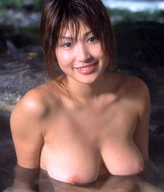 com_o_p_p_oppainorakuen_20110104_000