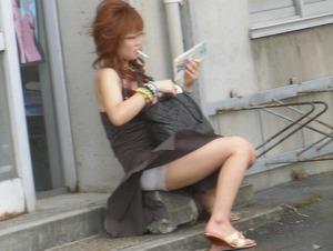 com_e_r_o_erogazou627_machikado-panchira-52-89-63-8-96-0008